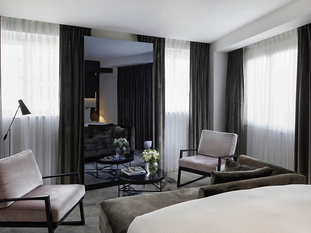 http://www.accorhotels.com/A064